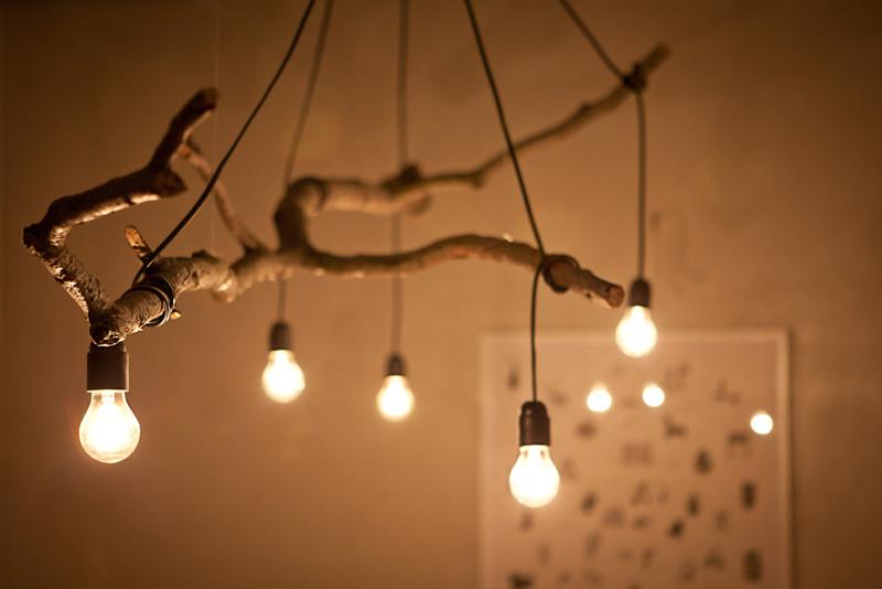 Светильники из веток деревьев своими руками