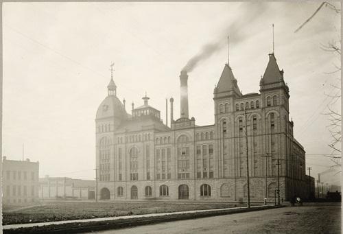 The Minneapolis Brewing Company - Minneapolis Riverfront