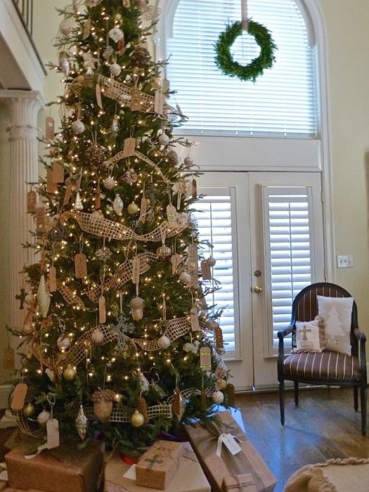 Holiday Decorating Ideas, Part I - Deb\'s Garden - Deb\'s Garden Blog