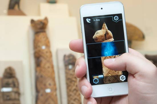 Toronto's Royal Ontario Museum launches ScopifyROM for iOS, a first-of-its-kind interactive museum app - Canadian Reviewer - Reviews, News and Opinion with a Canadian Perspective
