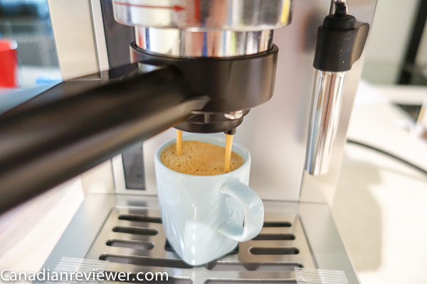 Cafeti re machine espresso saeco poemia along with cafeti res - Cafetiere a grain saeco ...