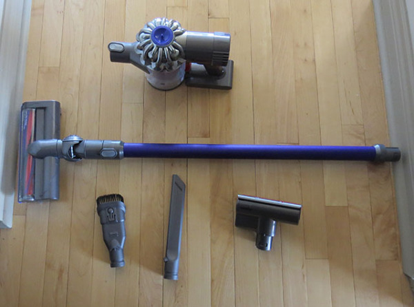 review dyson dc62 hand held vacuum canadian reviewer reviews news and opinion with a. Black Bedroom Furniture Sets. Home Design Ideas