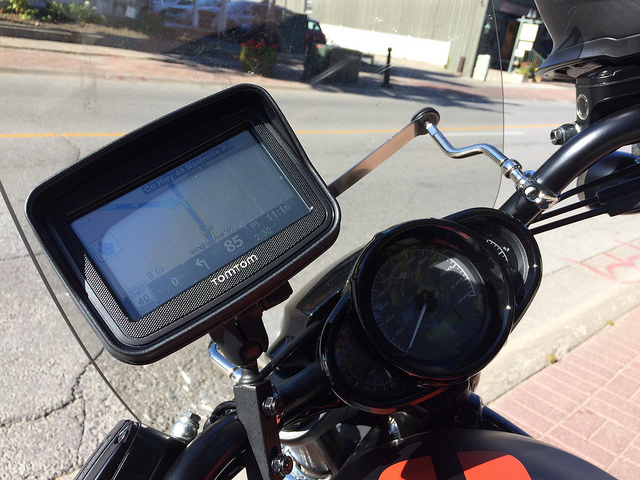 review tomtom rider motorcycle gps canadian reviewer reviews news and opinion with a. Black Bedroom Furniture Sets. Home Design Ideas