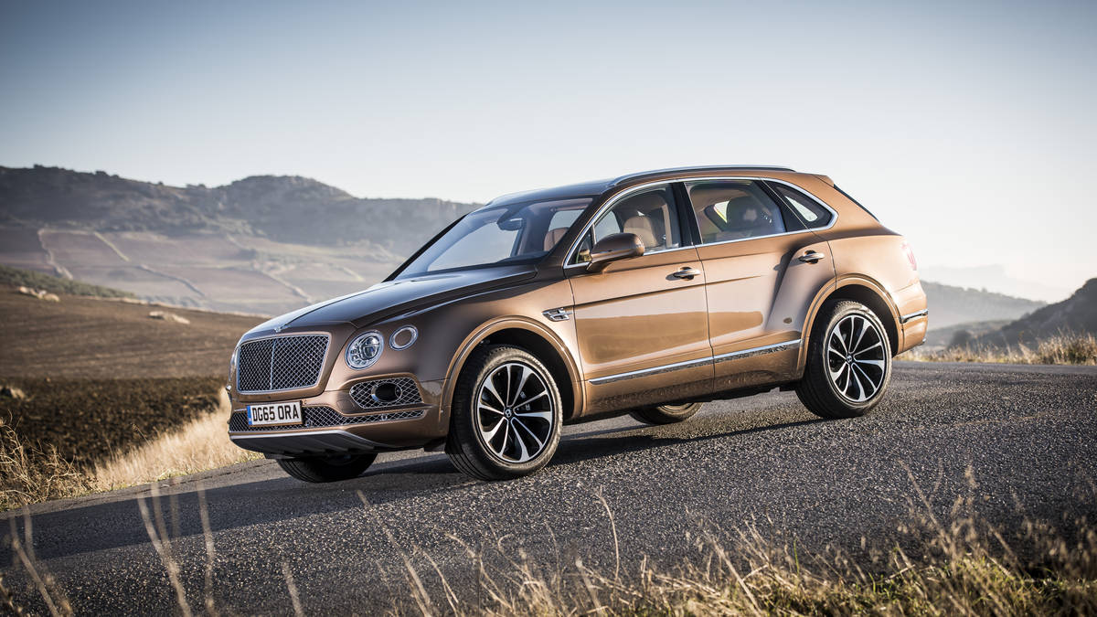 The 2017 Bentley Bentayga Is Ultimate Luxury Suv Canadian Reviewer Reviews News And Opinion With A Perspective