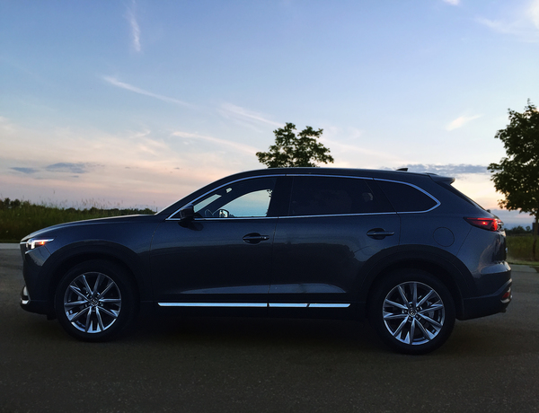 review 2017 mazda cx 9 signature canadian reviewer reviews news and opinion with a. Black Bedroom Furniture Sets. Home Design Ideas