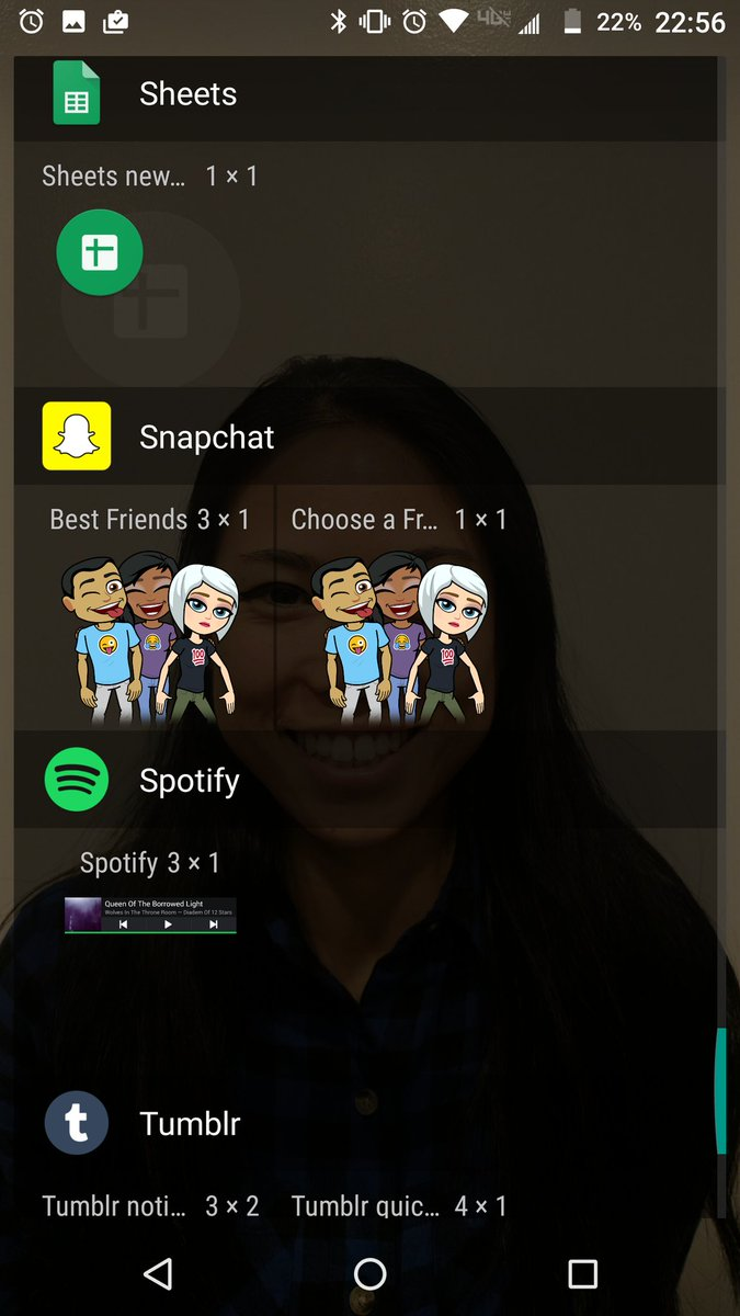 Snapchat for Android tests out Bitmoji widgets of your