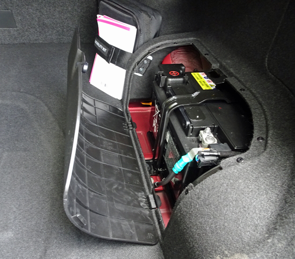 In Case You Don T Know This Battery Is What S Your Starter When Start The Engine Some People Ume Hybrid Does Job Not So