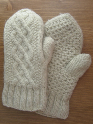 Delicious Knits Aran Delight Mittens