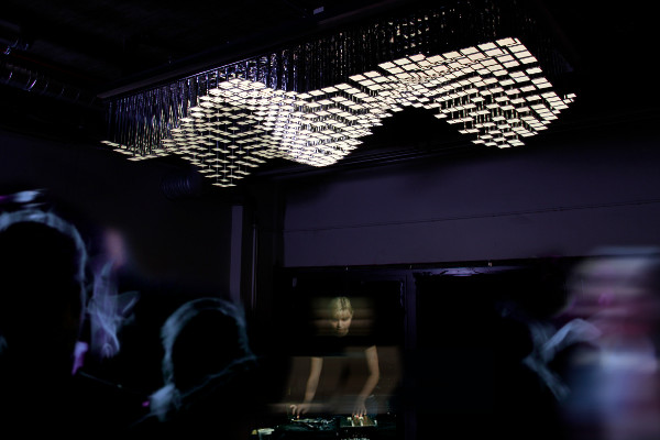 Philips Unveil The Modular Living Sculpture 3D OLED System And The Interactiv
