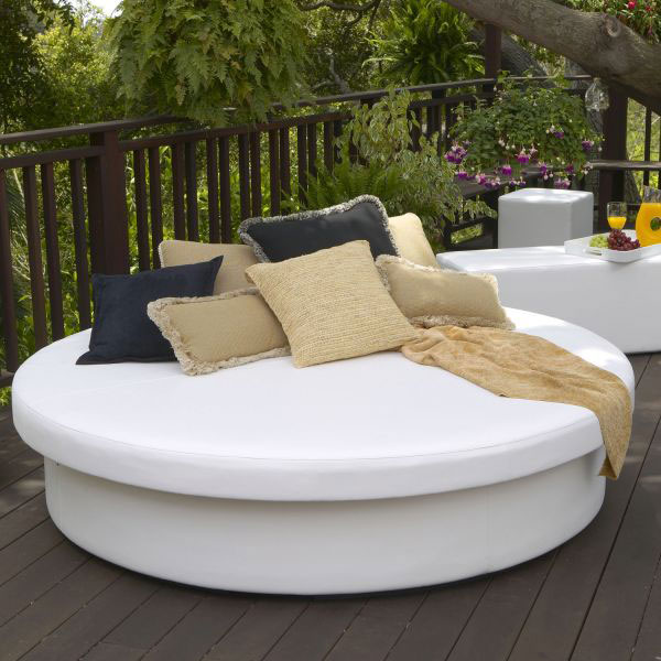 Discover Paradise Found Daybeds Were Made For Daydreams