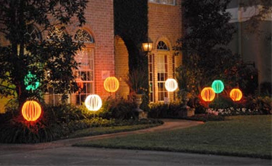 Illuminations Lighting Design Luxury Outdoor Holiday Decorating at Home Infatuation Blog