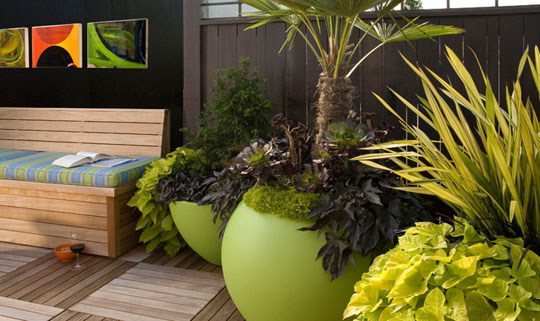 Faith Sheridan Decorating with the Color Green in Your Outdoor Space at Home Infatuation Blog