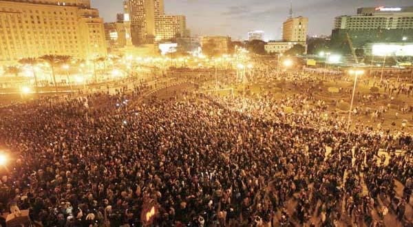 http://www.enduringamerica.com/storage/blog-post-images/CAIRO%20TAHRIR%20SQUARE.jpg?__SQUARESPACE_CACHEVERSION=1296027671419