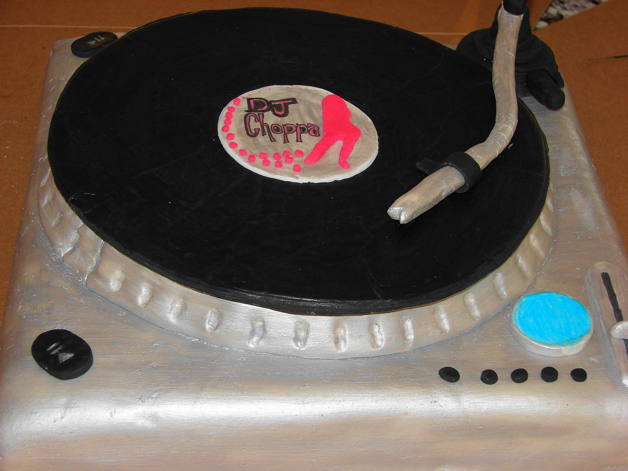 Wilton  Trim-N-Turn Ultra? Cake TurntableWilton  Trim-N ...