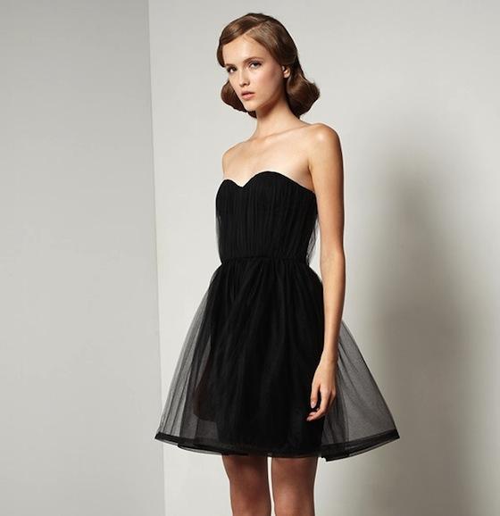 ee1346a3d Holiday Dresses from Alice + Olivia - Blog - fête à fête