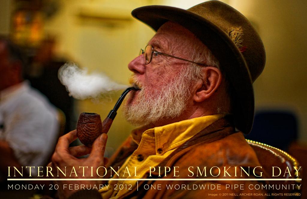 случайные картинки по запросу: Международный день курильщиков трубок