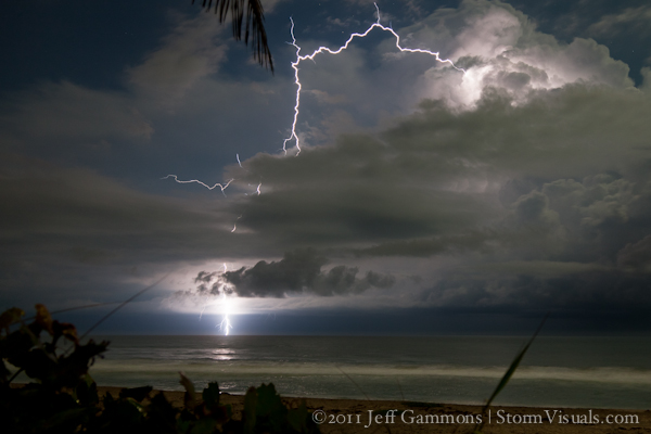 Cloud-to-ocean lightning