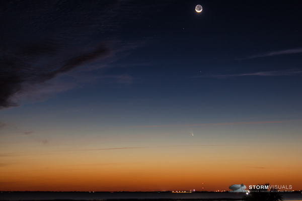 Comet Pan-Starrs and crescent moon.