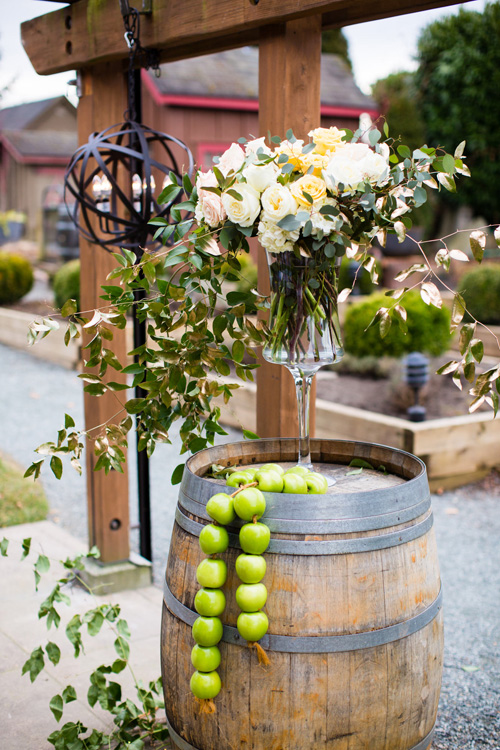 NW Golden Delicious Wedding Weddings in Woodinville