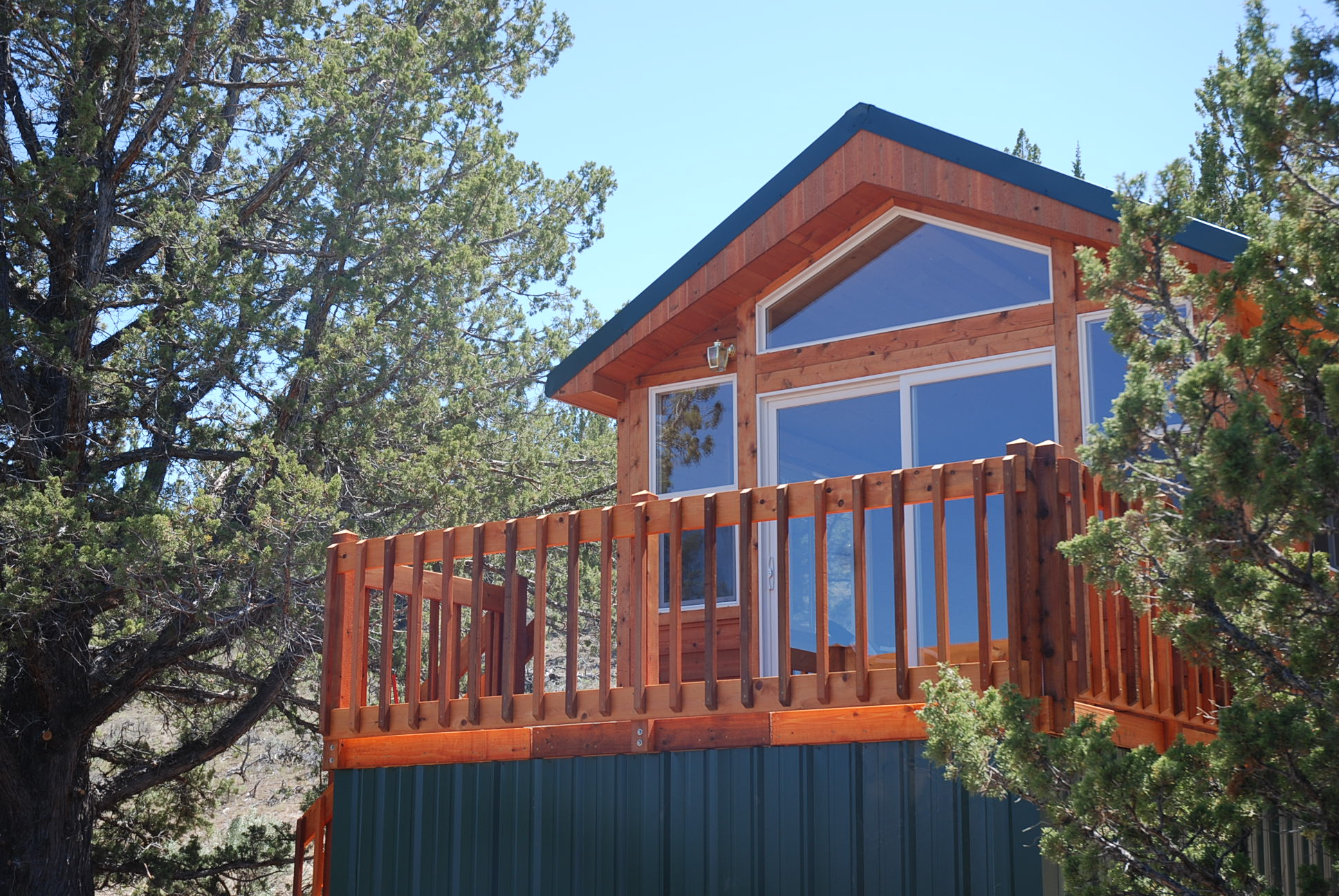 cabin for sale at Oregon ranch