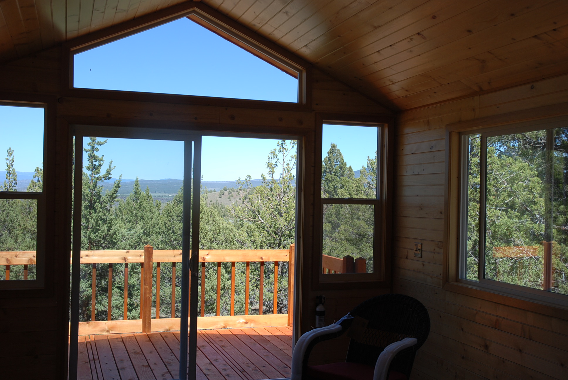 cabin for sale at Oregon ranch property interior