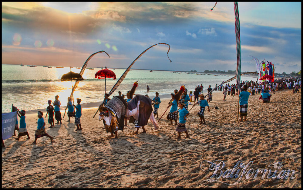 Bali beach ceremony photography tour