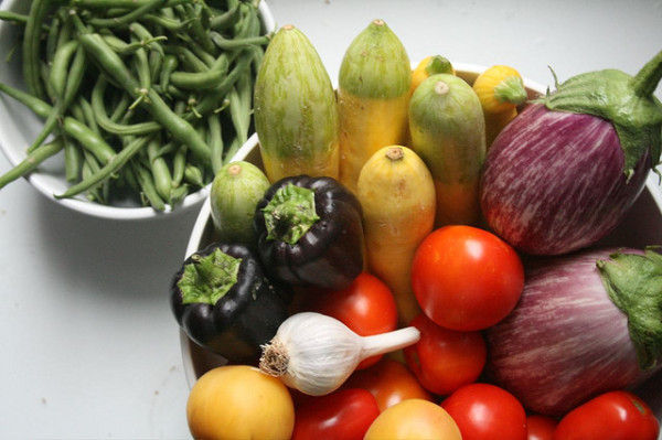 Local Edmonton produce delivered to your doorstep