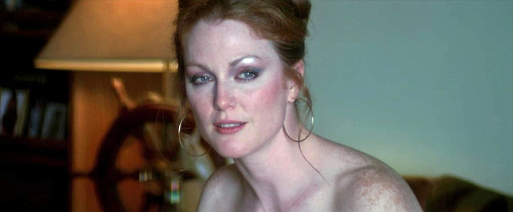 Julianne moore in maps to the stars 7
