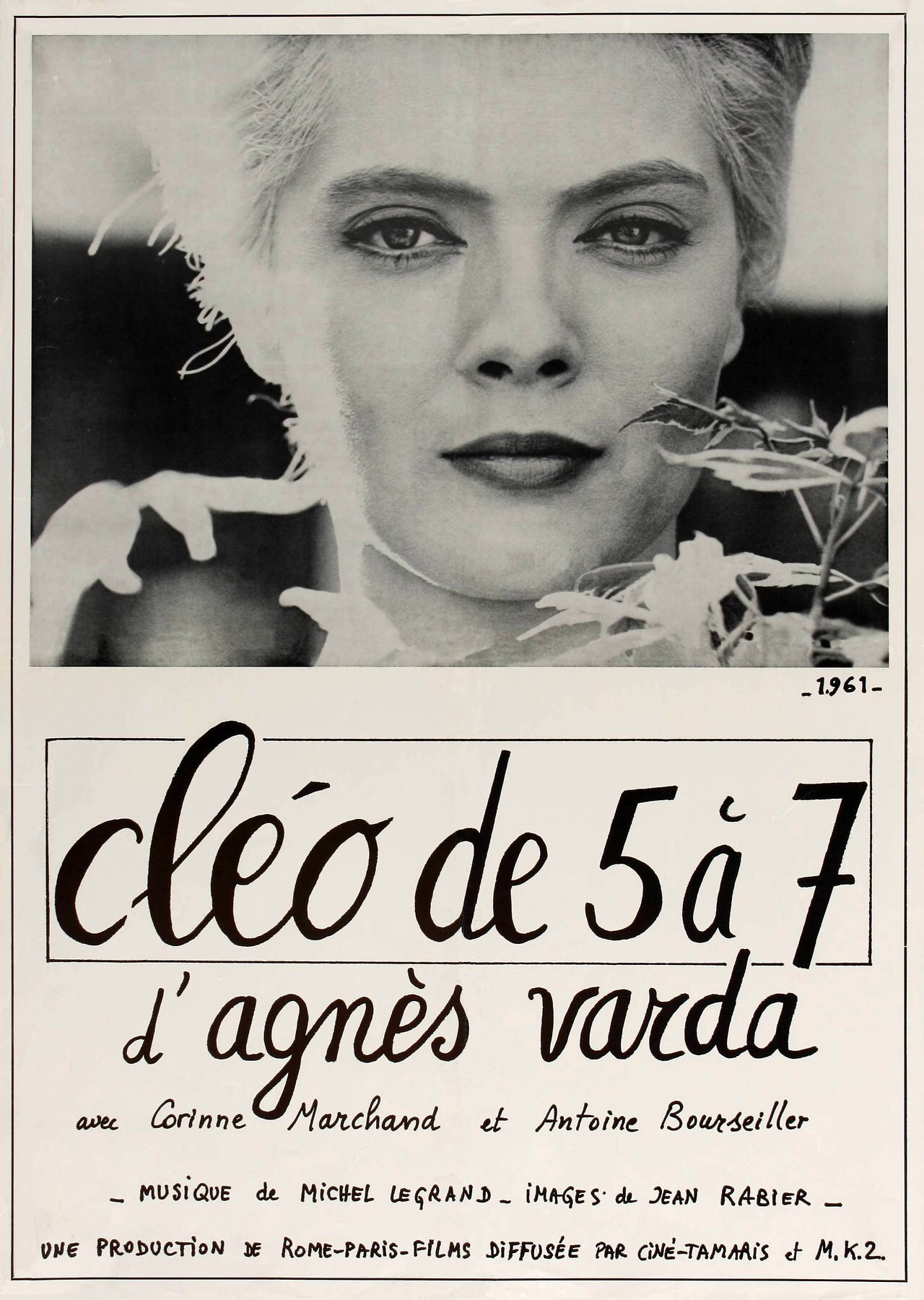 cleo from 5 to 7 Cléo from 5 to 7 - varda's breakthrough film—a landmark of feminist cinema and one of the only nouvelle vague (new wave) films to deal entirely with a woman's perspective on life—follows cléo (corinne marchand), a beautiful singer who, following a fateful and harrowing tarot reading, fears she has.