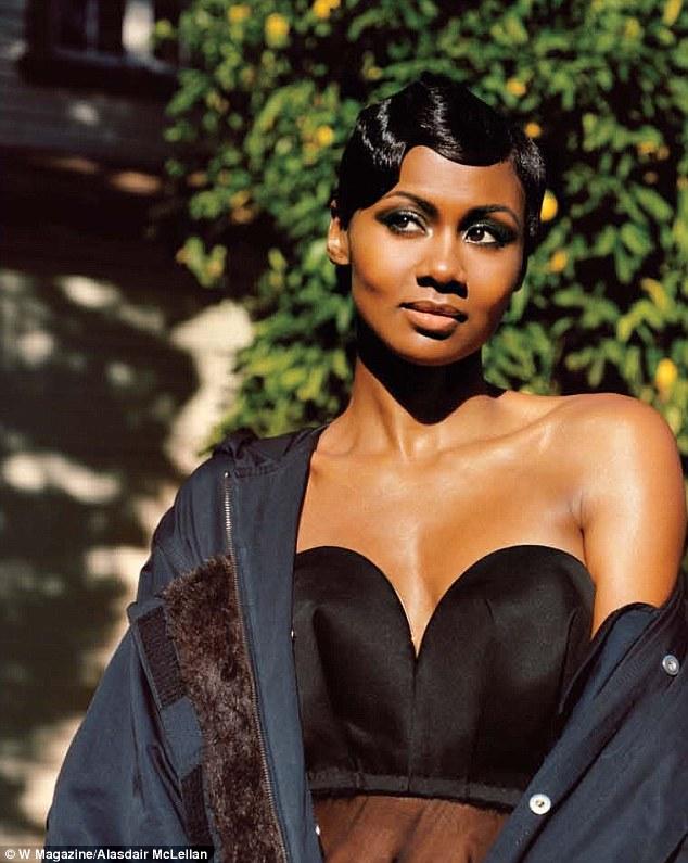 06d0315740 Poses girl black fashion ebony picturesque jpg 634x795 Poses girl black  fashion ebony picturesque