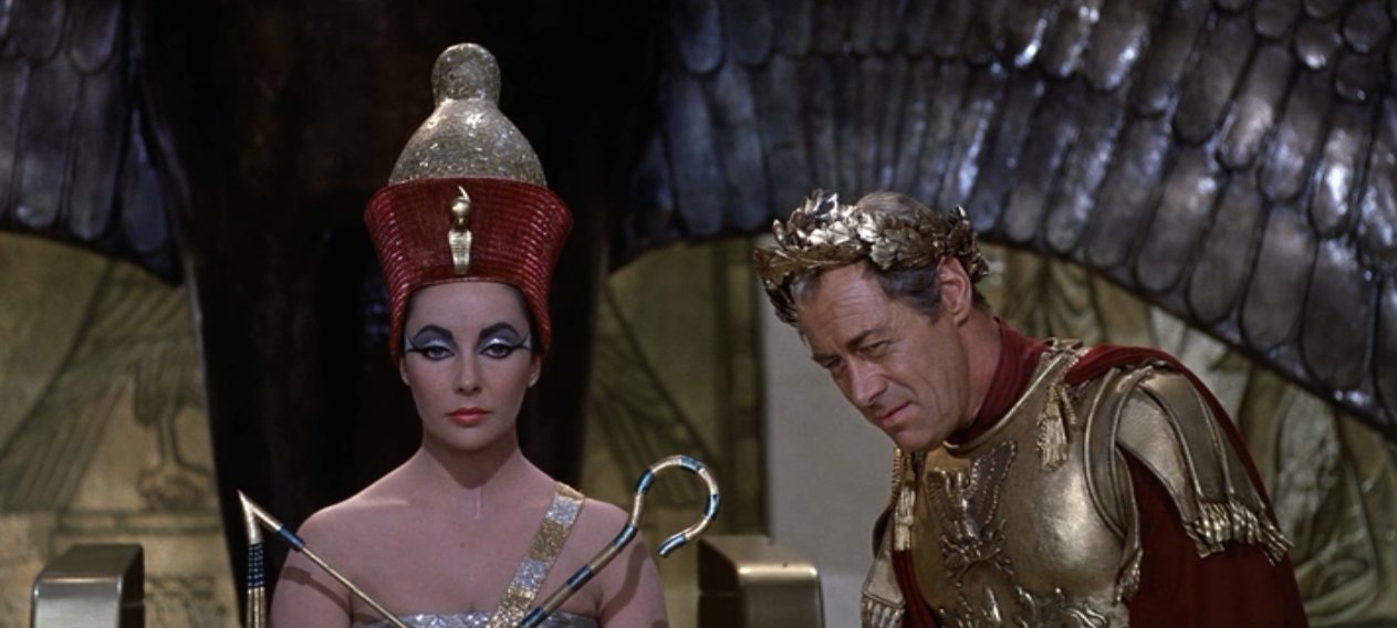1963 Look Back Liz Taylor S 10 Best Looks From Cleopatra Blog The Film Experience