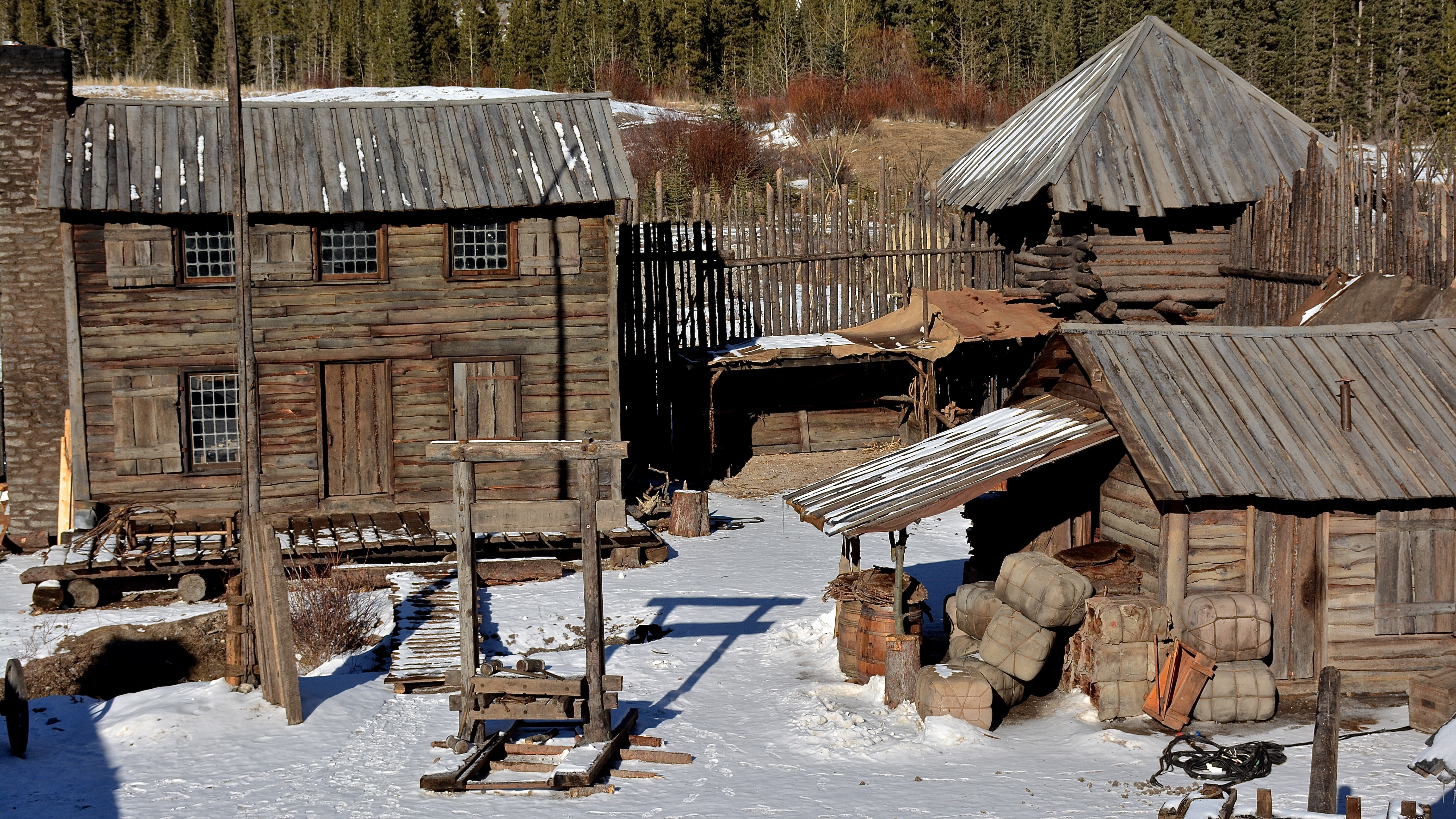 The revenant 39 s jack fisk on outdoor movies his life with for Movie set design