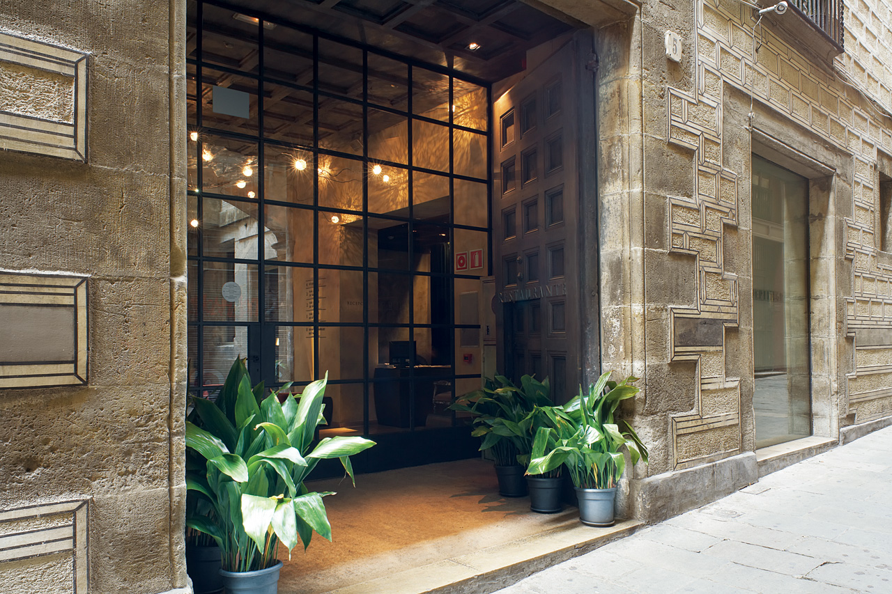 Boutique hotel neri in barcelona home atelier turner - Magasin design barcelone ...