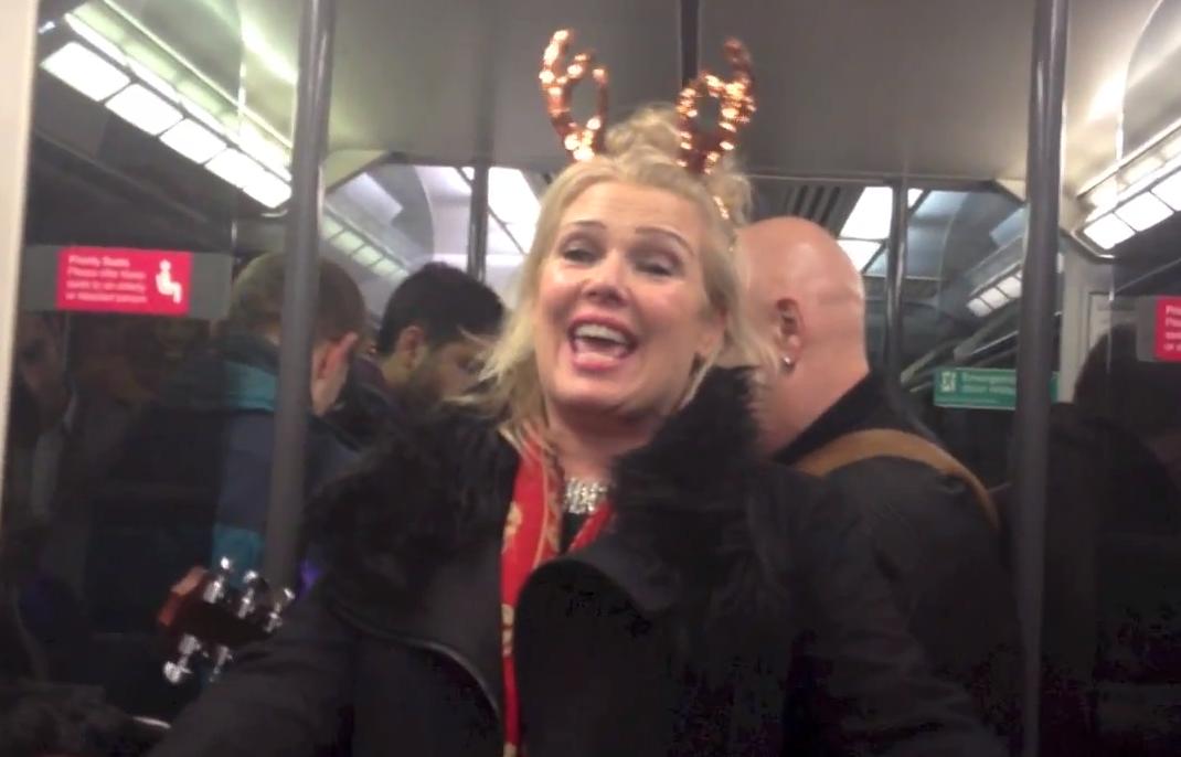 Kim Wilde - Kids In America (Drunk on a train version ...