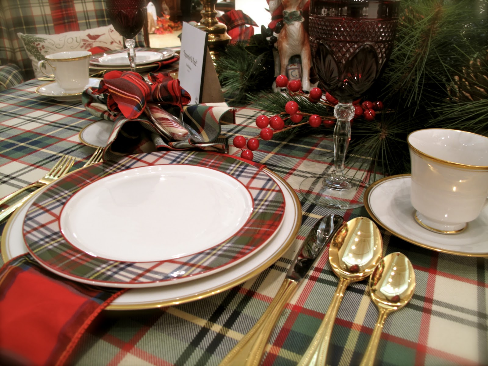Lbs Of Flesh Tartan On The Table - Christmas tartan table decoration