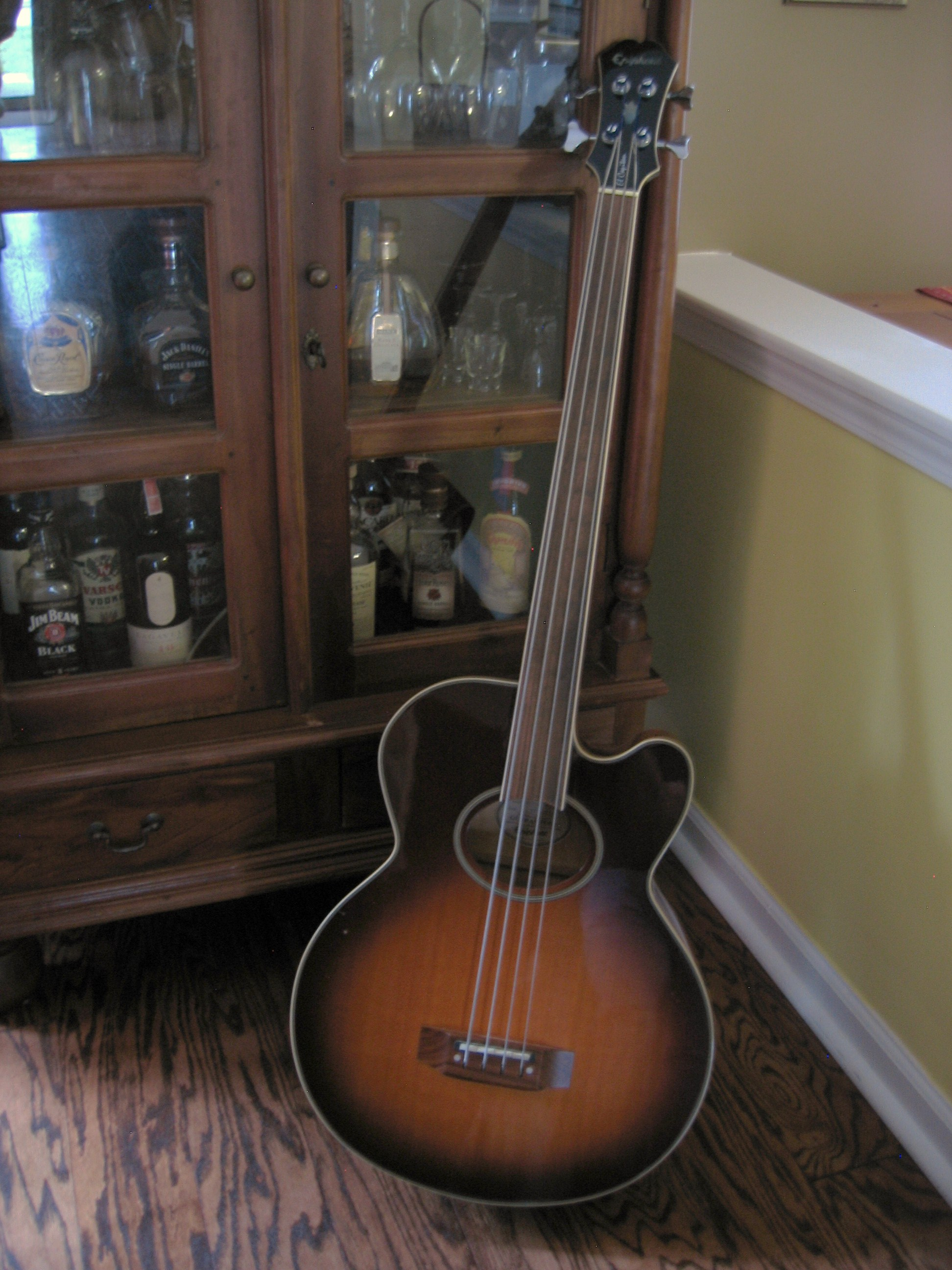 gear epiphone el capitan fretless acoustic. Black Bedroom Furniture Sets. Home Design Ideas