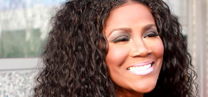 Juanita Bynum Hosting 'Fall Life Coach Retreat' For Women In Ministry ...