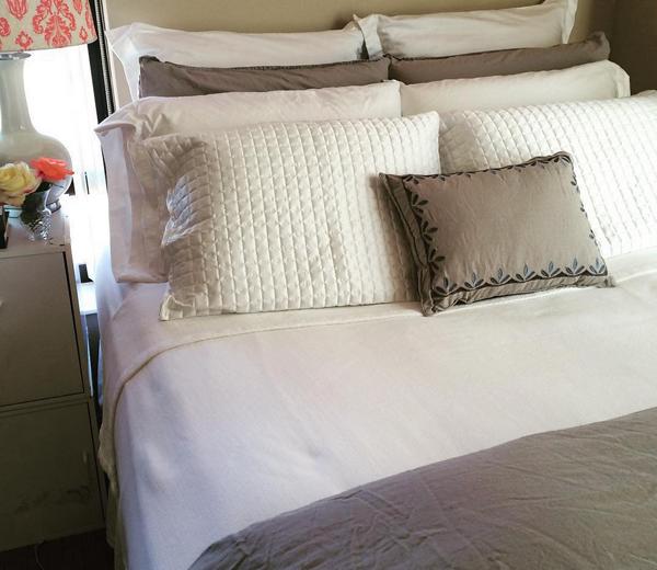 Michelle Williams Bedding Set