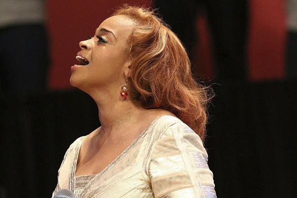Dorinda Clark-Cole - Live From Houston - The Rose of Gospel