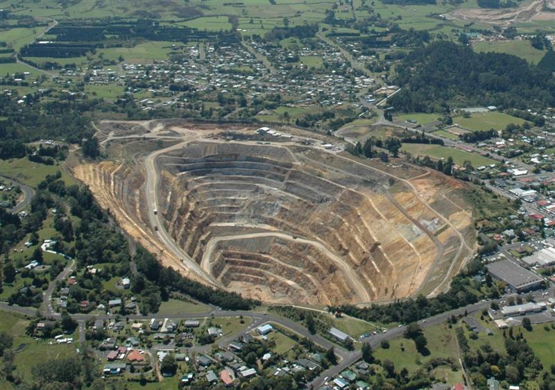 Waihi New Zealand  City pictures : ... Gold Prices Protest to end Coromandel gold mining New Zealand