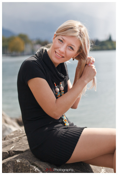 Vevey Images Portrait Girl Fille Flash Canon Speedlite 580 EXII Léman Lac Suisse Switzerland Schweiz Svizzera Canon 5D MKII Morges Canon 24-70mm 2.8 L USM 16-35mm HD High Resolution JHGphoto