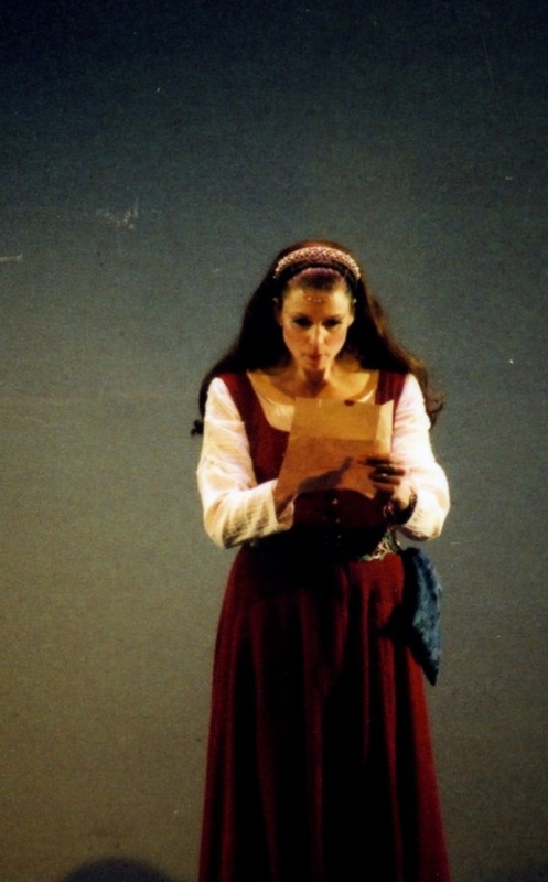 deceitful lady macbeth The macbeth witches are essential to the play's plot because their prophecies drive macbeth's thirst for power and influence lady macbeth.