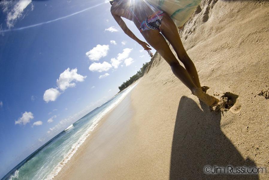 Фото девушки на пляже на аву