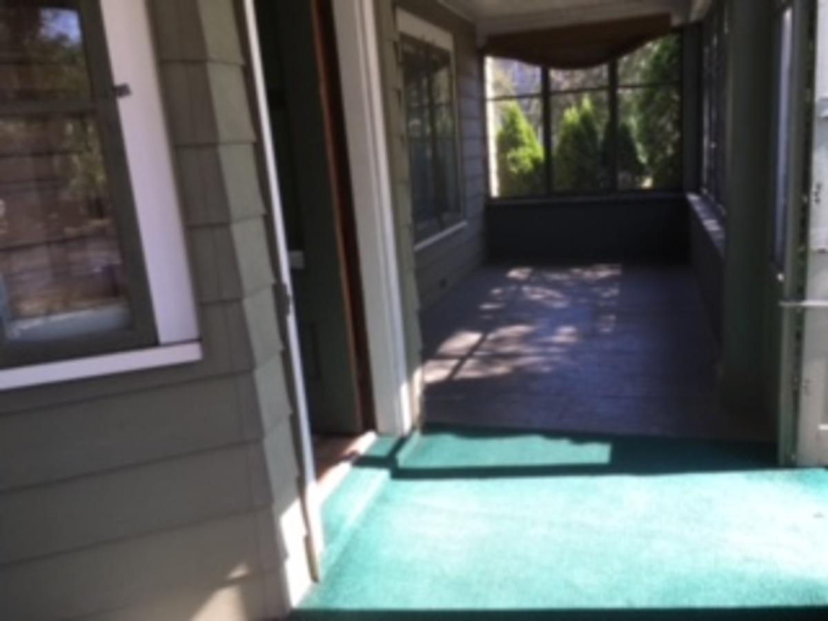 704 Wisconsin Front Porch Properties Uwo Housing