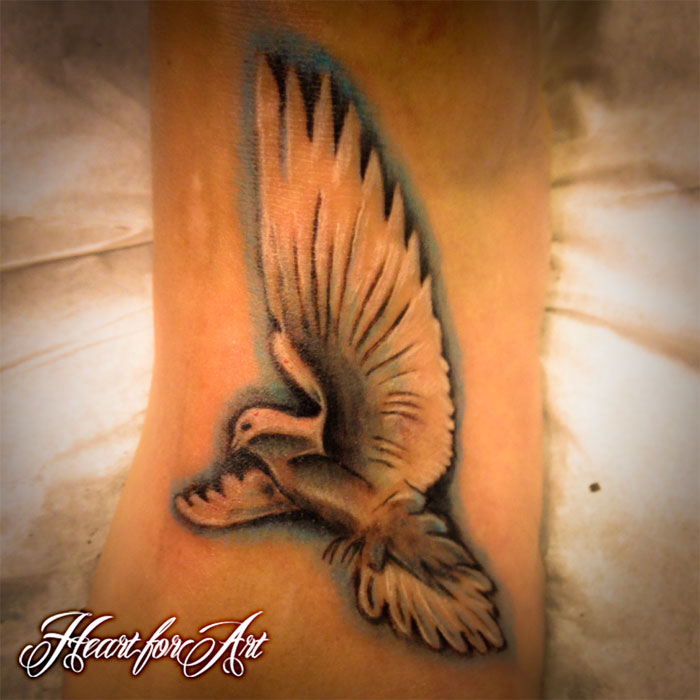 Realistic Dove Foot Tattoo - Heart for Art - Tattoo Shop