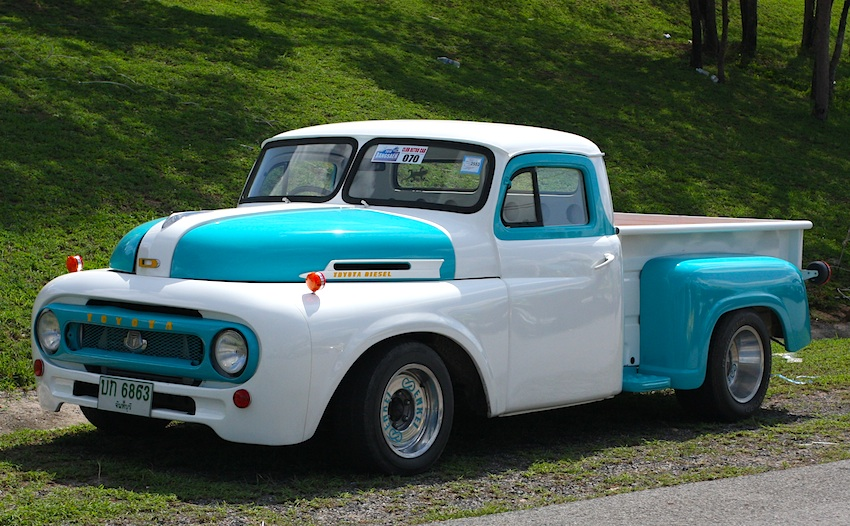 Old Toyota Trucks 31