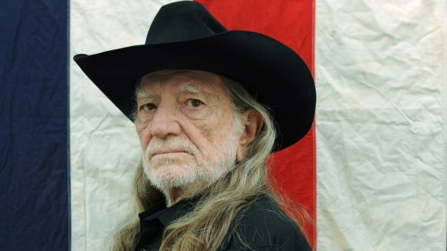 "Willie Nelson and Sister, Bobbie, Releasing Collaborative Album, ""December Day,"" on December 2"
