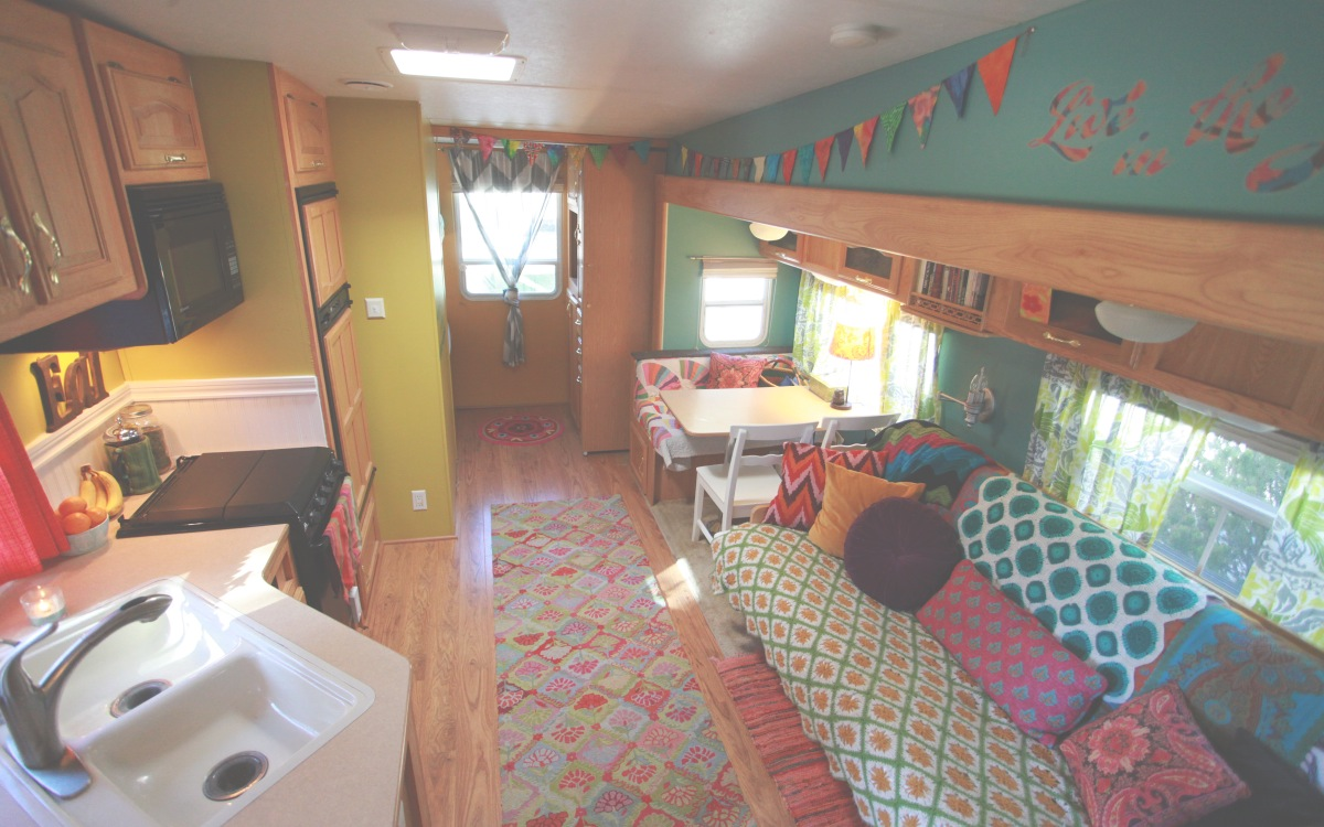 cheap garage makeover ideas - Happy Janssens Modern nomadic living powered by