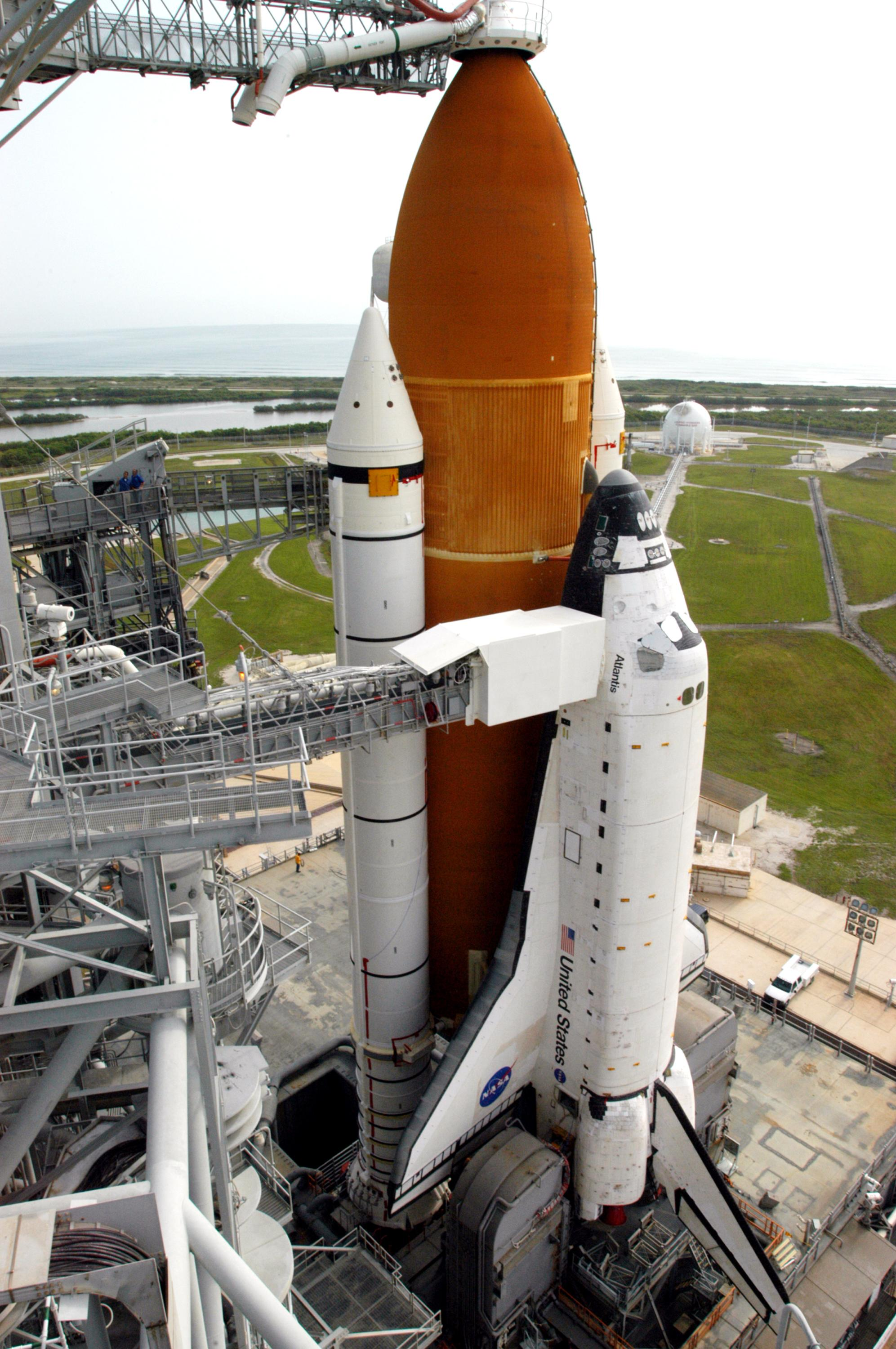 pictures of space shuttle atlantis - photo #47