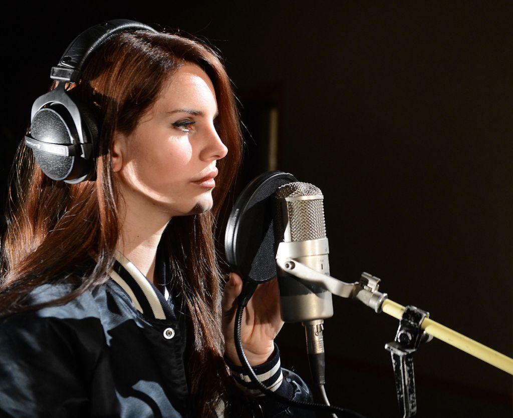 Lana Del Rey Goodbye Kiss Kasbian Cover Radio 1 Live Lounge Gangstersaysrelax We 3 Music